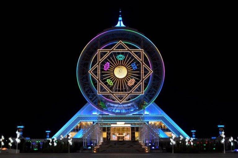 fluoroethylene vinyl ether (FEVE) resins protect world's largest indoor ferris wheel